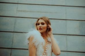 Glamour Federn Flügel Beauty Brautlook